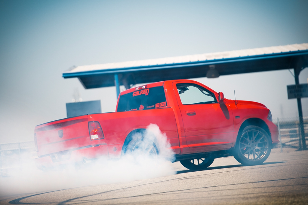 Dodge Ram burning out on Belltech